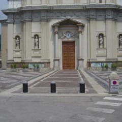 Pilomat 275/P-600A at Saint Martin Bishop's church in Nembro, Italy