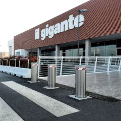 Pilomat semiautomatic 275/PL-800SA at Il Gigante supermarket in Cavenago, Italy