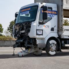 M30 crash test on oktablock temporary bollard